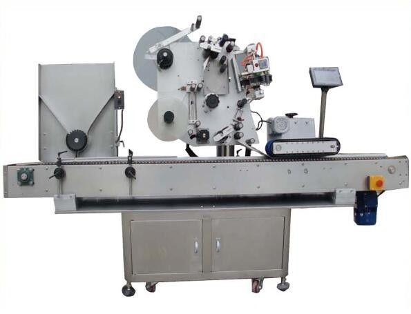 Stroj za etiketiranje okroglih opp s kodirnim strojem