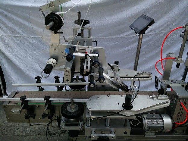 Plc Znan japonski stroj za nanašanje etiket z ravno površino znamke Mitsubishi