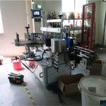 Stroj za etiketiranje dvostranskih steklenic iz umetnih / steklenih plošč, etiketa za kvadratne steklenice